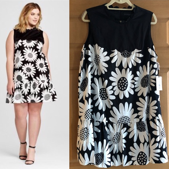 NWT Victoria Beckham x Target Plus Size Dress NWT